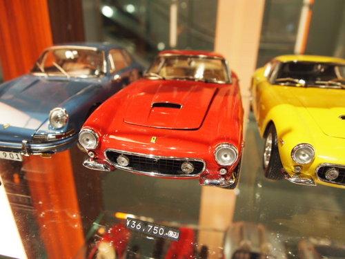 ファンジオ モデルカー 001.JPG